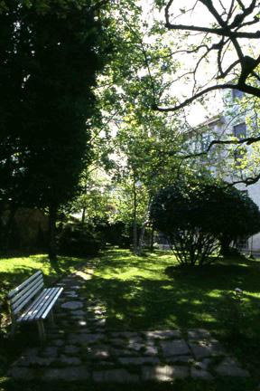 Visita al giardino di casa ardito nell 39 ambito dell - Camminamento pietra giardino ...