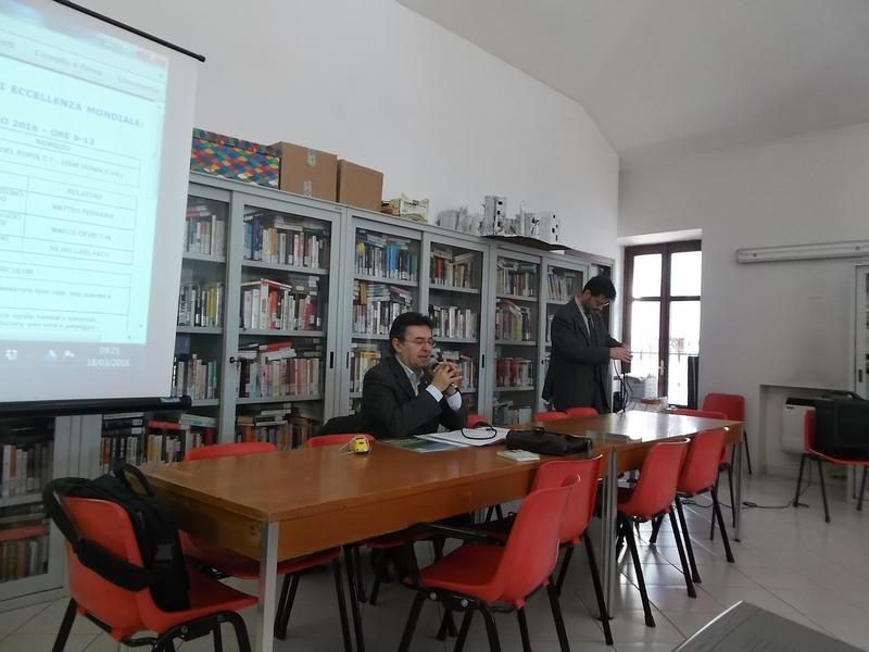 Foto del seminario di studio su informatica e paesaggio for Piani di studio del garage